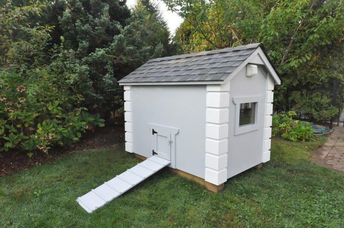 Casetas para perros for Casetas para almacenaje exterior